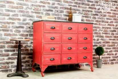 Industrial furniture at its best – the Brighton chest of drawers